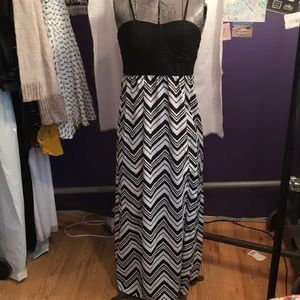 NOBO Maxi dress